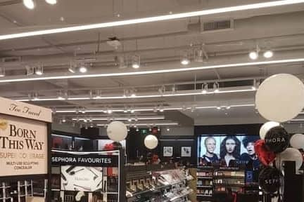 A picture of LED light strips in Sephora in the Grande Prairie Mall.